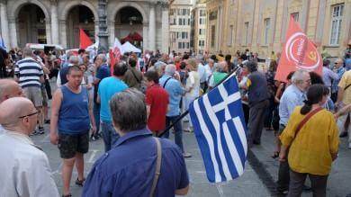 """""""Un voto per Atene"""", presidio per Tsipras   Ft     Il video"""