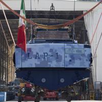 Varato Lap-1: lo stile Lapo è anche per il suo yacht