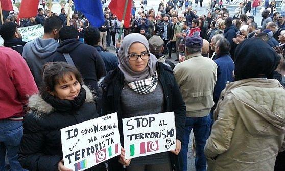 """""""La pace sia con voi"""", i musulmani di Genova in piazza"""