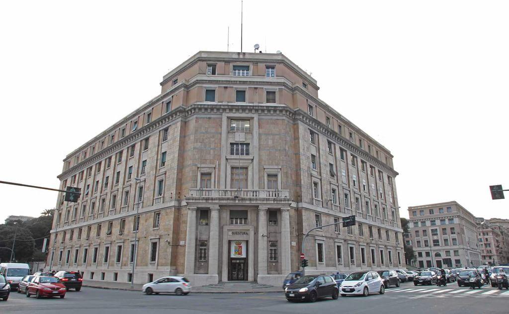 La Questura di Genova venduta per salvare l'Atp e rifare scuole e strade