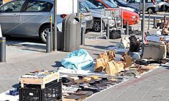 Genova scoperta la centrale dei parcheggiatori abusivi for Permesso di soggiorno genova