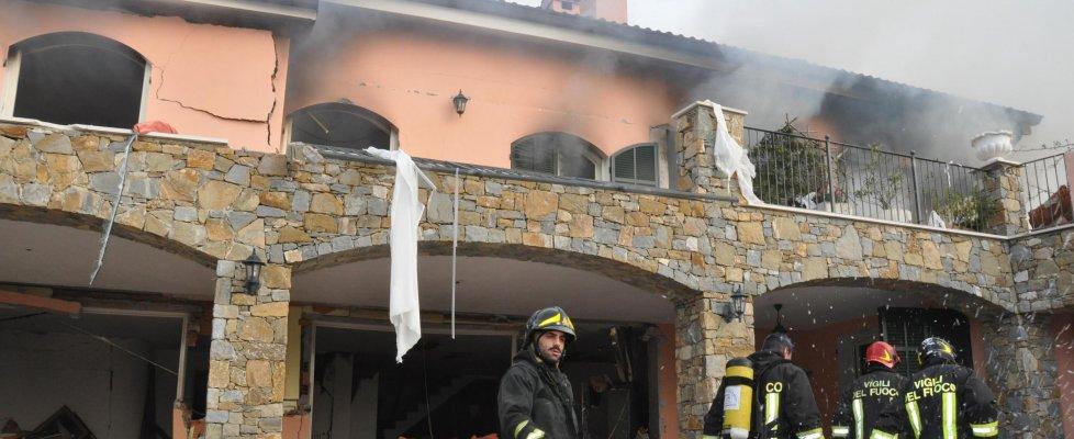 Sanremo, esplode villa che ospita Gabriel Garko,  muore l'anziana proprietaria (video-foto)