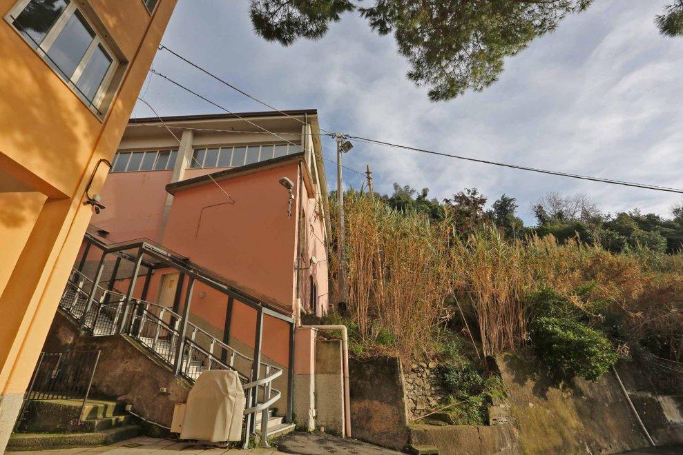 La scuola di Monterosso al centro dell'inchiesta sui lavori post alluvione alle Cinque Terre