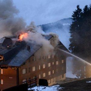 Tragico incendio in Svizzera, muore Lorenzo Onorato figlio dell'ad di Msc
