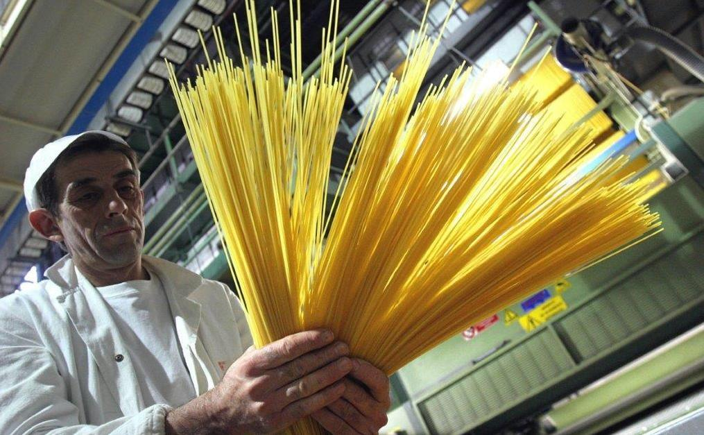 Spaghetti dalla Turchia, un milione di chili sequestrati in porto