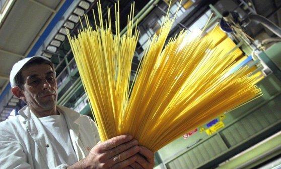 """""""Spaghetti destinati al mercato africano e assolutamente a norma"""""""