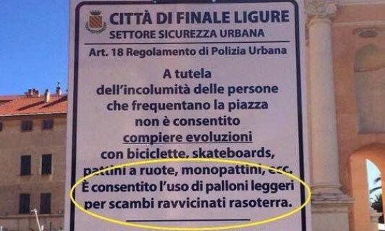 """Finale Ligure, in piazza si può giocare solo a """"tiki-taka"""""""