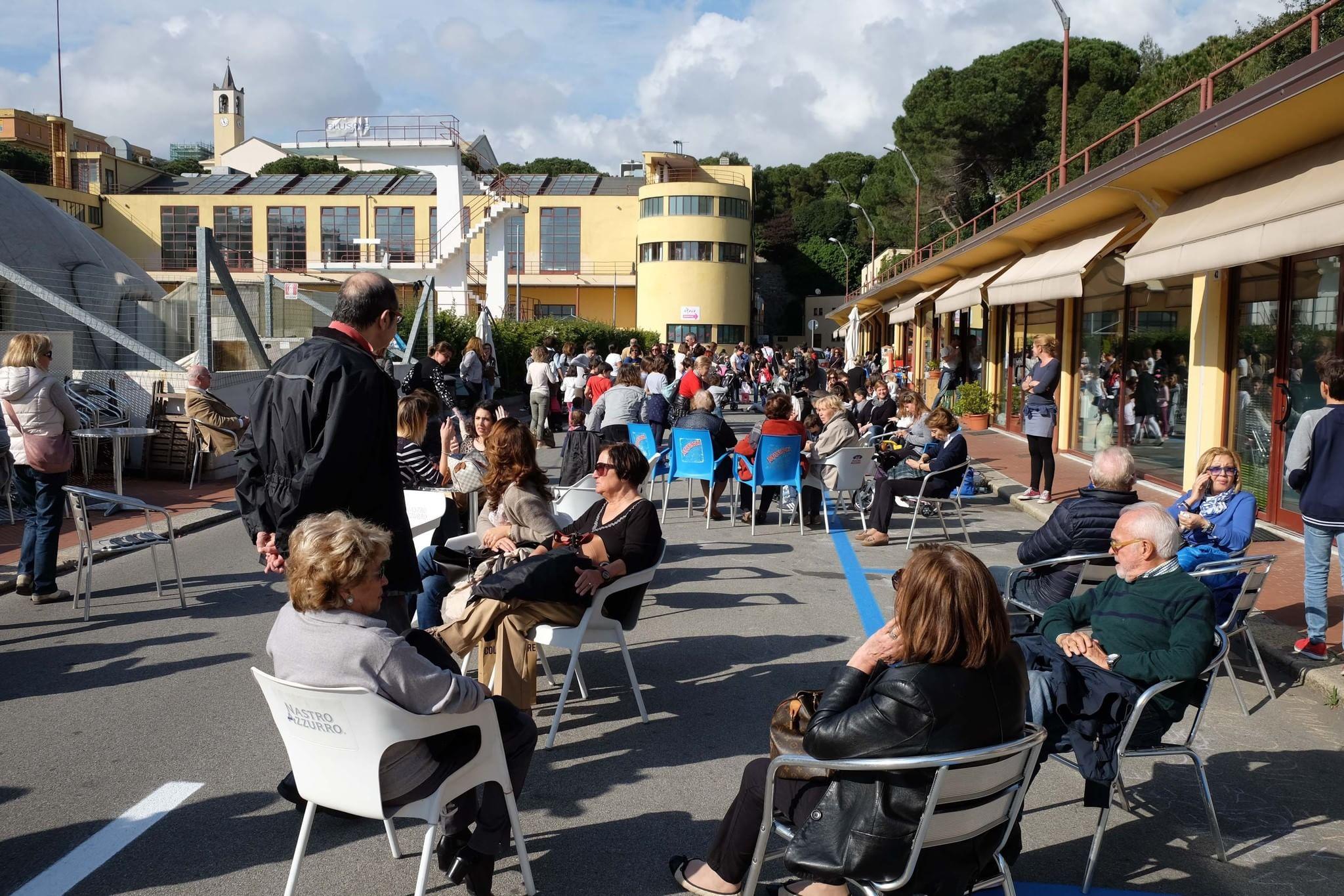 Piscine di albaro giallo dopo la protesta il gestore paga solo cento euro di affitto - Prezzi piscine albaro ...