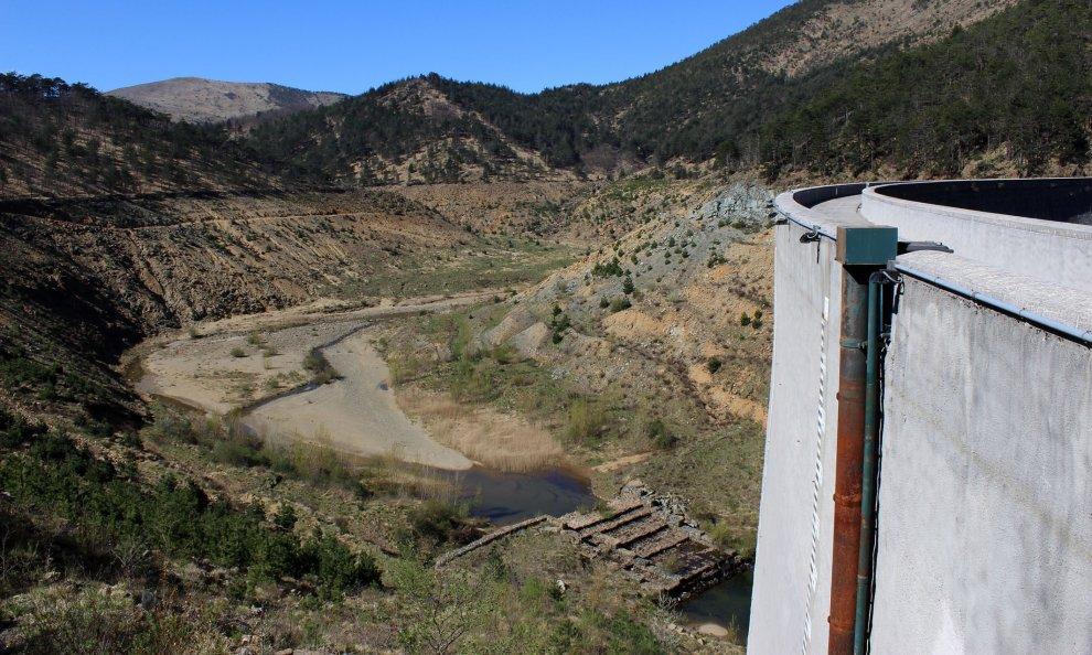 I laghi del gorzente una scoperta alle spalle di genova for Cabine del lago vuoto