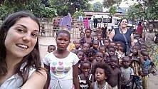 I bambini del Congo e il coro dei tifosi rossoblu