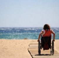 Disabili: in Liguria 63 spiagge libere attrezzate