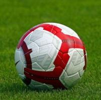 Calcio, dilettanti aggrediscono in campo arbitro per rigore