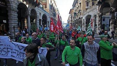 Grandi magazzini, sabato la protesta i lavoratori scendono in piazza