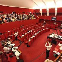 Tursi, i dipendenti comunali protestano in consiglio