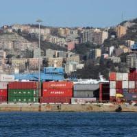 Porto di Genova, da oggi i container si