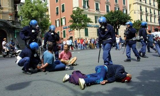 """G8 Genova, la polemica dopo 15 anni. Pd: """"Convegno Coisp grave offesa alla città"""""""