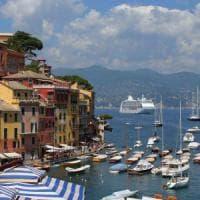 Portofino:  navi da crociera vicino alla costa, il caso in parlamento