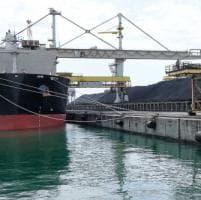Niente più carbone nel porto di Genova, l'allarme dei lavoratori