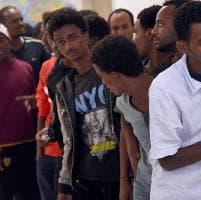 Savona, battaglia politica sui migranti