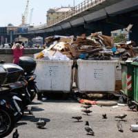 Genova, via  rifiuti e vespasiani,  il  repulisti del Comune sullo sconcio