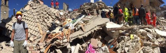 Terremoto, la Liguria si mobilita con medici e vigili del fuoco. Raccolta fondi della Cei