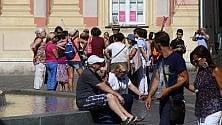 Turismo, l'invasione dei croceristi a Genova    Foto