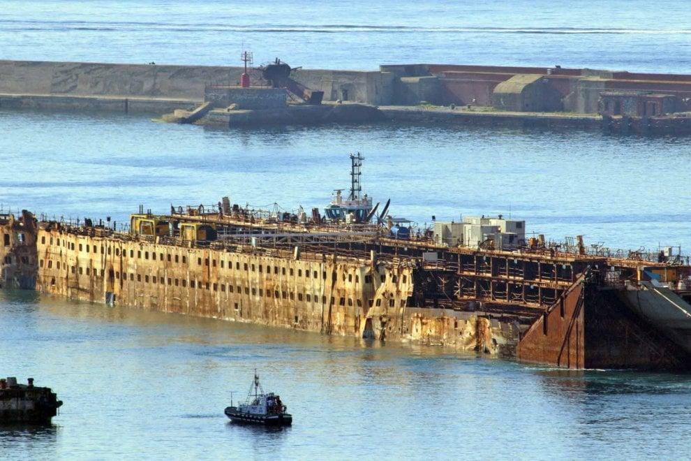 Concordia,  le dernier voyage 111331080-d64c46db-48bf-4629-a9bc-76e07f56ea02
