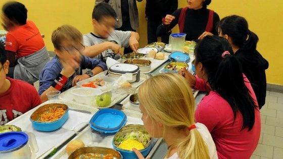 Scuola, panino libero, non più obbligatorio il pasto della mensa