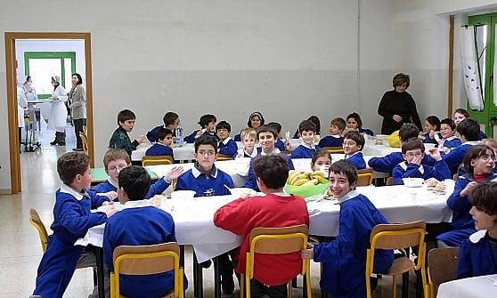 Panino libero in mensa scolastica, il Comune di Genova fa un referendum tra le famiglie