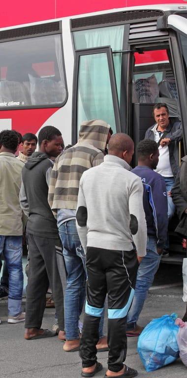 "Tigullio sotto accusa: ""I sindaci chiudono le porte ai profughi"""