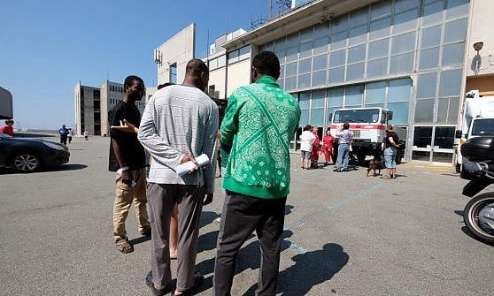 Migranti, il decalogo dell'accoglienza