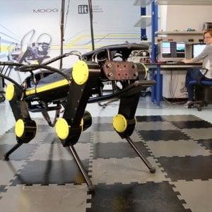 """IIt, ecco  il robot animaloide per i disastri ambientali. """"Le macchine non sono killer che rubano il lavoro"""""""