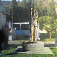 Vigili, il monumento stoppato dalla burocrazia