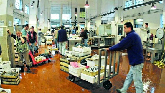 Genova, per il Mercato del pesce rischio trasloco dopo Natale
