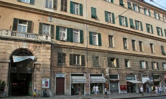 Migranti a Genova: i residenti di via Venti negano l'allaccio dell'acqua