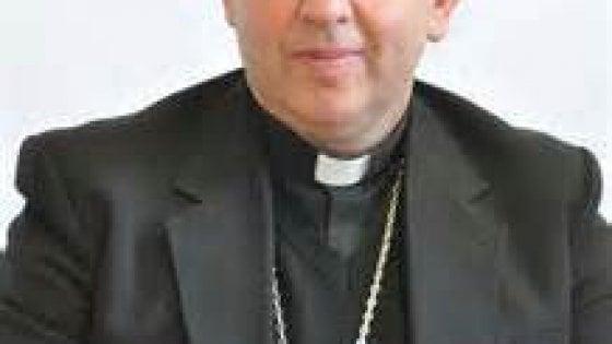 Il vescovo di Ventimiglia per l'addio a Milet, morta sul confine