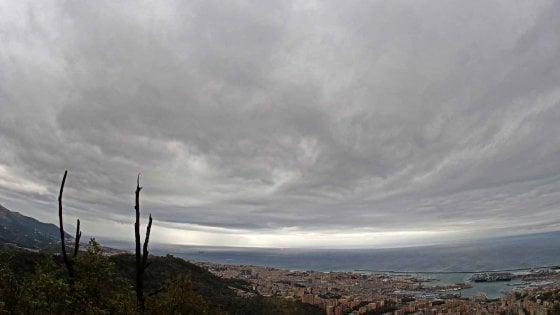 Termosifoni accesi a Genova, ma non sono a norma il 35% dei caloriferi