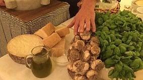 Gnocchi (magari di castagne) al pesto:  i segreti di Baciccin  Video