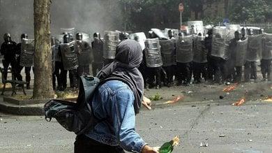 G8, fango sul Genoa Social Forum vicequestore deve risarcire Agnoletto