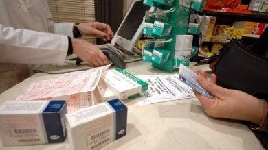 Genova, contro i furti in farmacia l'allarme adesso corre su WhatsApp