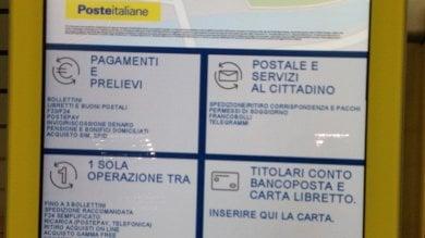 Genova, alle Poste mugugni e difficoltà per  i nuovi bigliettini delle code agli sportelli