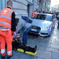 Auto sul marciapiede in via Venti, il guidatore operato alle coronarie