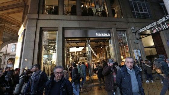 Genova le grandi catene nel salotto buono spinte dal for Bershka via torino