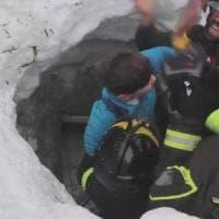 Il vigile del fuoco che salva il bimbo in Abruzzo è di Cairo Montenotte