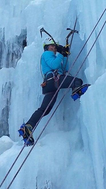 Crolla una  cascata di ghiaccio a Gressoney, tre vittime di Spezia e una di massa