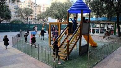 Genova, verde, giochi e panchine,  piazza Martinez tutta nuova