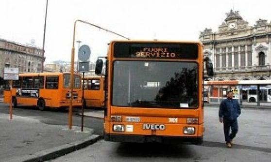 Genova quattro ore di sciopero dei bus domani for Quattro ristoranti genova