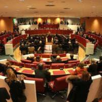 Consiglio Liguria boccia reddito cittadinanza del M5S