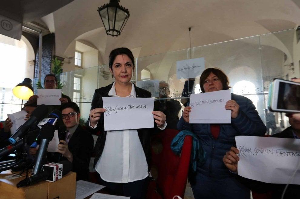 Marika Cassimatis, la candidata esclusa da Grillo in conferenza stampa con altri militanti critici