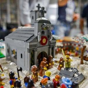 Vite da costruire, e il Lego diventò arte